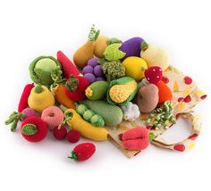 26+Pieces++Crochet+Fruit+and+Vegetables+and+mushrooms+par+MiniMoms