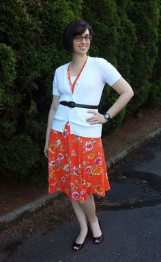 Librarian for Life + Style  |  Feeling pretty in orange floral and my new wood watch! #jordwatch
