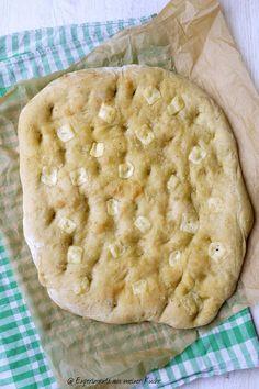 Experimente aus meiner Küche: Focaccia mit Pesto und Käse #breadbakingfriday