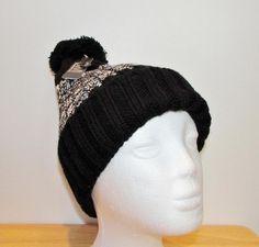 Unisex Adult Black & White Chunky Knit Pom Pom Toque Winter Hat Ski Hat New NWT #Simi #BeanieWinterHat Ski Hats, Women's Accessories, Skiing, Beanie, Mosquitoes, Unisex, Black And White, Knitting, Etsy