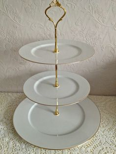 Elegant White And Gold Three Tiered Vintage Elizabethan Westbury Cake Stand Perfect For Afternoon Tea
