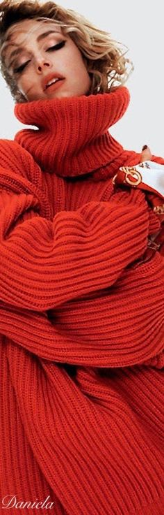61 Ideas Fashion Winter Red Burgundy For 2019 Knit Fashion, Red Fashion, Sweater Fashion, Autumn Fashion, Simply Red, Girls Sweaters, Shades Of Red, Sweater Weather, Lady In Red