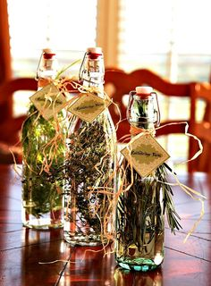I have to try this! Herb Gardens and Herbed Vinegars Rattlebridge Farm: Foodie Friday   # Pin++ for Pinterest #
