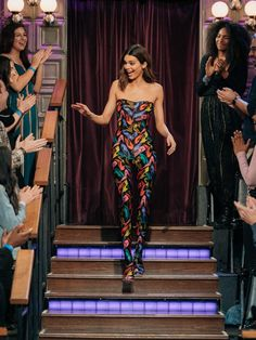 Kendall Jenner Wore Vintage Salvatore Ferragamo On The Late Late Show With James Corden - Red Carpet Fashion Awards Kendall Jenner Jumpsuit, Kendall Jenner Photos, Kendall Jenner Outfits, Kendall And Kylie, Kendall Jenner James Corden, Kendalll Jenner, Vintage Jumpsuit, The Late Late Show, Red Carpet Looks