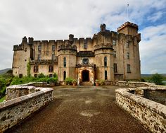 Dunvegan Castle, Isle of Skye, Scotland. The oldest inhabited castle in Scotland and owned for the last 800 years by Clan MacLeod. It contains the famous Fairy Flag, given to the McLeod Clan by the fairies to help them in battle. (They were good fairies! Scotland Castles, Scottish Castles, Oh The Places You'll Go, Places To Travel, Outlander, Clan Macleod, Scotland Travel, Highlands Scotland, Scotland Uk