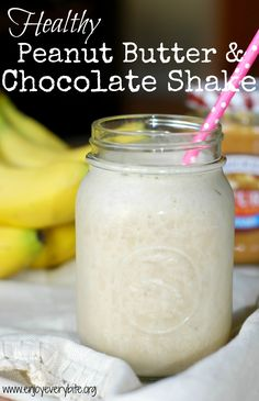 Dessert for breakfast? No problem with this high protein, no sugar added chocolate & peanut butter shake!