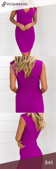 Superstar Bodycon Midi Dress {Fuschia} DETAILSBright purple tone midi dressScalloped necklineTextured materialInvisible zipper at backLined MODEL INFORMATION Model:Madi wears XS Mauri's at Winter Park Dresses Midi