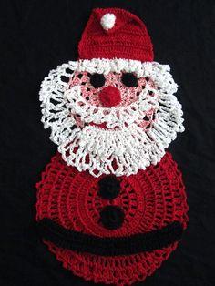Santa Claus Crochet Doily- Christmas decor - Winter Holiday decor - Christmas Gift - Homemaker gift - Hostess gift - Home decor by ElenisCrochet on Etsy