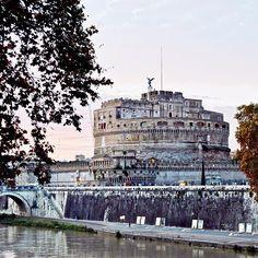 """Buon Giovedì! """"7 Vizi Capitale"""" Sciocco è colui che crede di poterla possedere!! #Roma #ig_rome #instaitalia"""