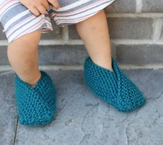 Easiest Toddler Slippers Knitting Pattern- now with extended sizes! : Easiest Toddler Slippers Knitting Pattern- now with extended sizes! Easiest Toddler Slippers Knitting Pattern by Gina Michele… Crochet Pattern Free, Baby Knitting Patterns, Knit Slippers Free Pattern, Baby Booties Knitting Pattern, Knit Baby Booties, Knitted Slippers, Knitting For Kids, Easy Knitting, Knitting For Beginners