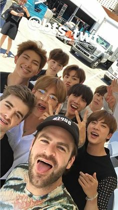BTS and The Chainsmokers~ The Chainsmokers Tweet: Love these dudes! See you guys this summer BTS (wHAT THEY MEAN THIS SUMMER?!?!?!?) #BTS #방탄소년단