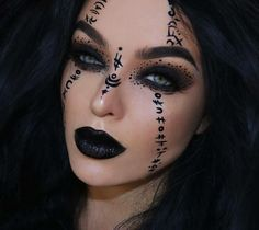 Looking for for inspiration for your Halloween make-up? Check out the post right here for cute Halloween makeup looks. Witch Makeup, Sfx Makeup, Cosplay Makeup, Costume Makeup, Demon Makeup, Face Makeup Art, Mummy Makeup, Clown Makeup, Skull Makeup