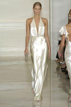 153 photos of Ralph Lauren at New York Fashion Week Spring 2005.