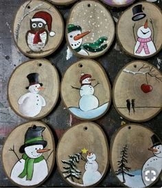 Christmas_tree_ornaments christmas_decorations adventseason winterwonderland snowman christmas by michael andreas lang These Christmas ornaments or tree decorations are made by painting on slices of tree branch or log. Christmas Wood Crafts, Christmas Rock, Homemade Christmas, Christmas Projects, Kids Christmas, Holiday Crafts, Wooden Christmas Decorations, Xmas, Tree Decorations