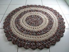 Free tutorial: http://craft.tutsplus.com/tutorials/crochet/crochet-an-amazing-mandala-floor-rug/