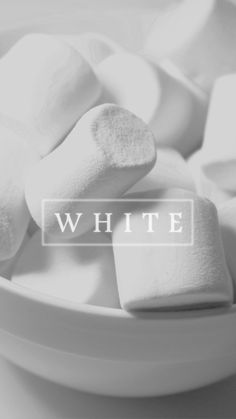 Image about white in Wallpaper by Annija Svētiņa White Wallpaper, Tumblr Wallpaper, Colorful Wallpaper, Cool Wallpaper, Wallpaper Telephone, Cellphone Wallpaper, Iphone Wallpaper, Phone Backgrounds, Wallpaper Backgrounds