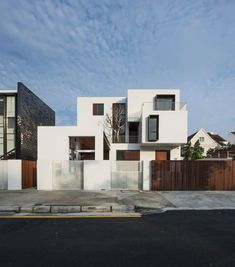 Box House,Facade. Image Courtesy of Ming Architects