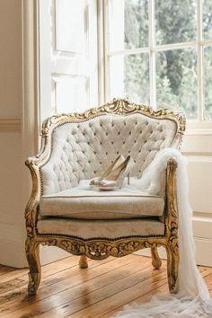 Fresh Wedding Inspiration and Beautiful Bridal Styling