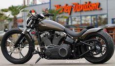 Custom Harley-Davidson Breakout® To Introduce The New Metzeler 23 ...