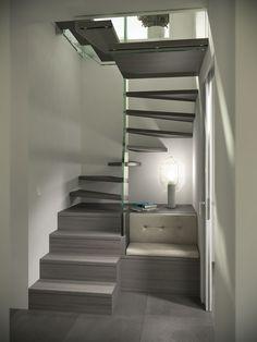 Schwebendes Treppendesign mit maximal ausgenutzter Treppenbreite, Spindeltreppe von Siller www.sillertreppen.com