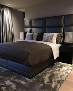 Master Bedroom Design, Home Bedroom, Interior Design Living Room, Bedroom Furniture, First Apartment Decorating, Apartment Design, Black Bedroom Decor, New Home Designs, Luxurious Bedrooms