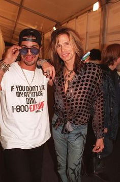 LOL !! ~ Steven Tyler and Slash, 1997.