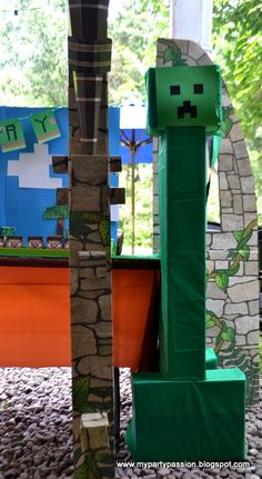 We Heart Parties: Minecraft Maddness