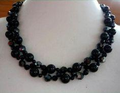 Black Swan Necklace | AllFreeJewelryMaking.com