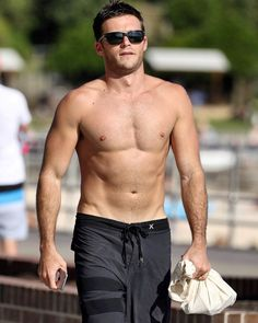 Happy Friday everyone! Here's a throwback to Scott flaunting it at Bondi Beach in Sydney, Australia (November 2016) #ScottEastwood #SexiestManAlive