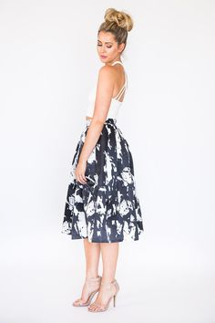 Brooklyn Midi #Skirt is a unique addition to your Spring wardrobe. #SauleBoutique #fashion http://www.shopsaule.com/