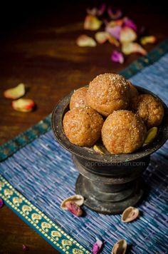 Sweet Carrot & Badam Ladoo     Carrot, Condensed Milk & Almond Balls, an easy to prepare and delicious ladoo variety made from sweet carrot, condensed milk, almond and pista. I would like to inform my readers that 10 of my ladoo recipes has been published in Aval Kitchen  (Vikatan group), a popular Tamil magazine …