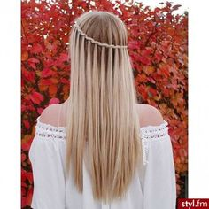 Inspirasjon: 32 frisyrer til å adoptere når du har langt hår! Winter Hairstyles, Pretty Hairstyles, Girl Hairstyles, Braided Hairstyles, Hairstyle Braid, Hairstyles 2016, School Hairstyles, Beautiful Braids, Super Hair