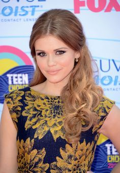 Hair perfection. Make-up perfection. Style perfection. Just fantastic. - Holland Roden (Teen Wolf)