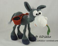 Tommy Snake The Ami Amigurumi Crochet Pattern / by MarysAmiland