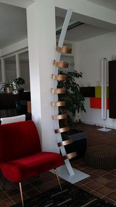 L4/L5, acier et Led #lampe #design #art #acier #béton