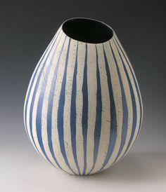 Caroline Genders shapely ceramics design with bold vertical pattern