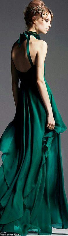 Alberta Ferreti--CeCe The mesmerizing color and flow--CeCe