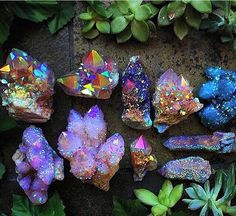 ― Hippie Vibes 🌈🌿🌻🍄🌞🍃🌸☯️🌎✨さん( 「♡ Stop for a moment. Feel how you are part of the universe. When you tune into that state of…」 Minerals And Gemstones, Rocks And Minerals, Crystal Magic, Crystal Healing, Quartz Crystal, Cristal Art, Rock Collection, Beautiful Rocks, Rocks And Gems
