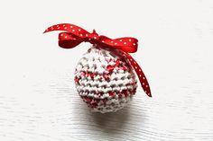 Annoo's Crochet World: Plarn Upcycled Xmas Ornament Free Tutorial