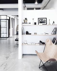 Scandinavian loft design | Photo via Homey Oh My