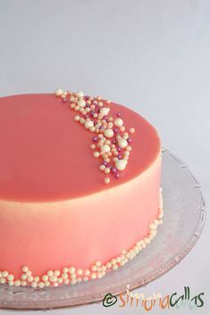 Tort entremet cu fructe de padure si ciocolata alba Cake Recipes, Dessert Recipes, Dessert Bars, Food Art, Mousse, Rolls, Birthday Cake, Sweets, Cream