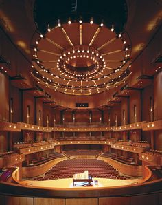 Chan Centre for the Performing Arts, Vancouver. Another Bing Thom creation. Auditorium Design, Hall Design, Theatre Design, Set Design, Theater Architecture, Architecture Details, Landscape Architecture, Amazing Buildings, Modern Buildings