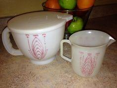 Vintage Tupperware Mix N Store Batter Bowl 500 Lid 2 Cup Measuring Cup 134 | eBay