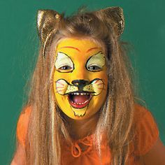 Lion face painting for Halloween http://www.tasteofhome.com/recipes/holiday---celebration-recipes/halloween-recipes/lion-face-painting