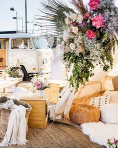 Wedding Lounge, Wedding Decorations, Table Decorations, Fairy Lights, Armchair, Table Settings, Inspiration, Furniture, Home Decor