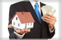 Good investors invest for short-term flips; great investors for investment property cash flow. They use their flips to buy long-term rental properties. Sell My House, Selling Your House, Corpus Christi, Real Estate Investor, Real Estate Marketing, Buying Investment Property, Property Sale, London Property, Investment Tips