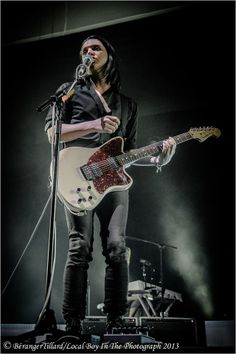 Brian Molko / Placebo @ Paris Bercy © Local boy in the photograph © Béranger Tillard