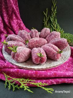 Biscuits, Raspberry, Vegan Recipes, Cookies, Fruit, Christmas, Pink, Food, Crack Crackers