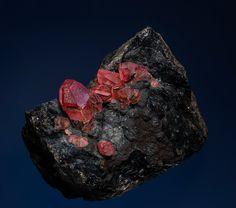 Rhodochrosite Uchucchacua Mine, Oyon Province, Lima Department, Peru Taille=6.4 x 5.2 cm