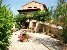 Las casas rurales de la Comunidad Valenciana, al 19% de ocupación para Las Fallas  http://www.rural64.com/st/turismorural/Las-casas-rurales-de-la-Comunidad-Valenciana-al-19-de-ocupacion-para-L-3740